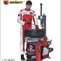 Máy ra vào lốp LC-810 Pro