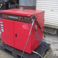 Máy rửa xe nước nóng STR-5R