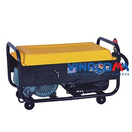 Máy rửa xe chạy bằng day caruo EB - 55 (2.2KW)