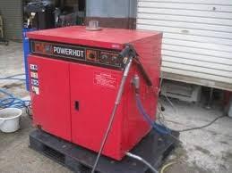 Máy rửa xe nước nóng STR-3RV