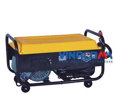 Máy rửa xe chạy bằng day caruo EB - 55 (2.2KW) hinh anh 1