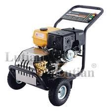 Máy rửa xe chạy xăng Lutian 18G36-13A hinh anh 1